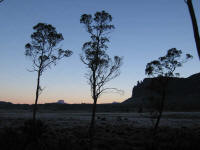 Pelion Plains sunrise with Mt Oakleigh